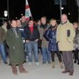 VARZI – Si è svolto come da programma il presidio (una trentina circa i partecipanti) organizzato dalla Lega Nord in piazza della Fiera a Varzi. Il raduno di fronte all'Hotel...
