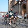 """VOGHERA – Ieri, domenica, è passata in città la Milano-Sanremo. Venerdì invece ha fatto sosta a Voghera la versione d'epoca: La """"Gran Corsa di Primavera""""… fatta a cavallo di biciclette..."""