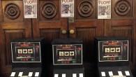 """VOGHERA – Azione spettacolare stanotte di CasaPound in città contro il gioco d'azzardo. Al motto di """"Fuori dalla mia città"""" la formazione di destra ha piazzato finte slot machine davanti..."""