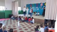 """VOGHERA – Ieri pomeriggio, nel salone della scuola De Amicis, si è svolto lo """" Spettacolo di Continuità """" che i ragazzi delle classi quinte, i bambini di cinque anni..."""