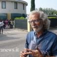 CASTELLETTO – Messo di fronte al blocco del traffico di questa mattina lungo la Sp35 all'altezza della rotondona di Bressana e alle lamentele dei migranti, il sindaco di Castelletto di...