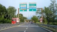 PAVIA – Nel pomeriggio di domenica una pattuglia della Volante di Pavia è accorsa sul raccordo per Bereguardoa seguito dellachiamata d'emergenza da parte di un automobilista. Il guidatore,che era a...