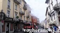 VOGHERA – Ci sono stati momenti di paura e tensione questa mattina al civico 39 di via Emilia, nel palazzo all'angolo con via Bidone, per un incendio. Alle 11.15 circa...