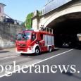 VOGHERA – Pompieri al lavoro stamattina in via Lomellina. L'intervento al sottopasso dove nelle ore precedenti erano caduti dei calcinacci. I vvf sul posto hanno staccato dalla volta del tunnel...