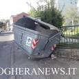 printDigg DiggVOGHERA – Un botto e quel che è rimasto in strada è un cassonetto distrutto. E' accaduto la notte scorsa in via Primo Maggio a Voghera. I residenti della...