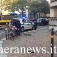 VOGHERA – Un incidente davvero incredibile quello accaduto oggi alle 15 circa in corso XXVII Marzo, nei pressi del semaforo all'incrocio con via Papa Giovanni. Una Golf che procedeva in...