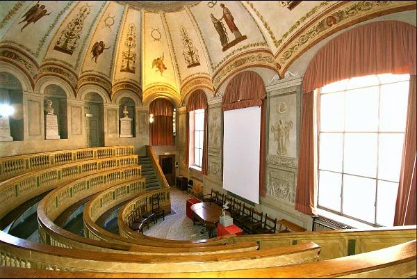 Sala Da Biliardo Pavia : Sala biliardi a pavia via vigentina paginegialle
