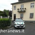 VOGHERA – Un'auto della polizia locale di Voghera questa mattina è rimasta coinvolta in un incidente. La vettura, una Renault Clio con a bordo due agenti, si è scontratamentre transitava...