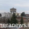 VOGHERA – Addio alla torre dell'acqua della città di Voghera. Partono oggi i lavori per lo smantellamento del serbatoio dell'acquedotto ubicata in via Foscolo, nei pressi degli istituto scolastici Galilei...