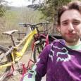 PIAN DEL POGGIO – Bravo sulla moto in pista ma anche bravo sulla mountain bike giù dalle colline. Stiamo parlando di Emanuele Aquilini, che dopo anni di corse in pista...