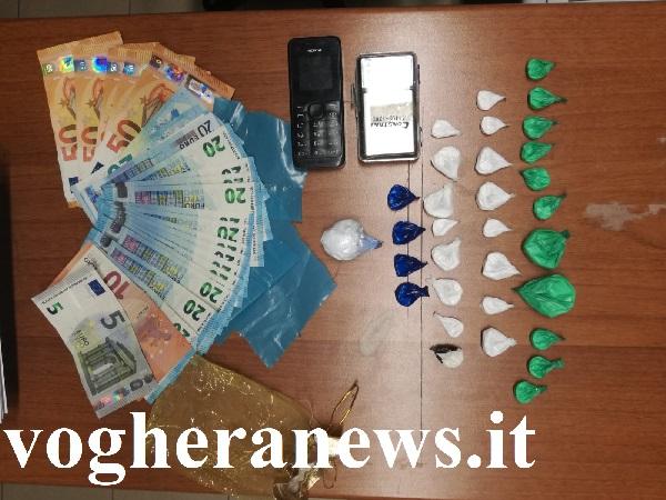 polizia-droga-coca-arresti voghera