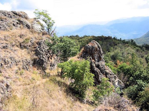Giardino Pietra Corva : Romagnese brallo monte lesima e pietra corva la loro