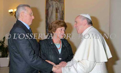 VOGHERA 10/11/2014: Giovanni Azzaretti e la moglie a pranzo da Papa Francesco