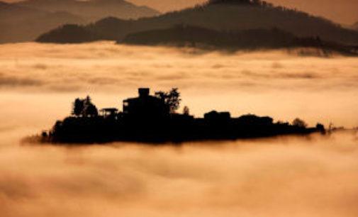 """VOGHERA 03/11/2014: Fotografia. """"Nebbia e Nuvole"""". C'è la mostra di Carlo Mazza"""