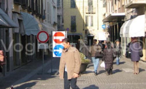 VOGHERA 10/12/2014: Colpita un'altra profumeria. Ancora danni per decine di migliaia di euro