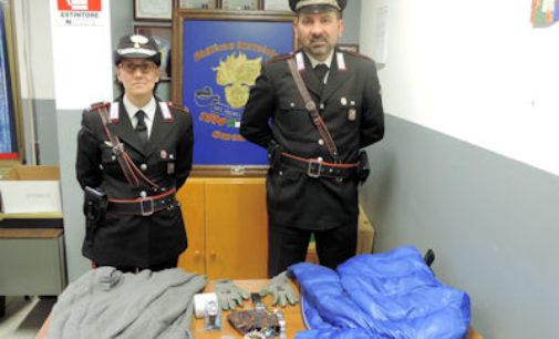 DORNO VALEGGIO 15/01/2015: Ruba 4mila euro ai genitori. Viola le regole per la detenzione delle armi. Denunciato