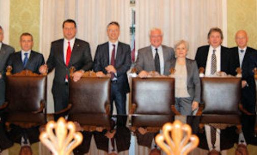 PAVIA 15/01/2015: Camera di Commercio al completo. Nominato presidente e componenti della giunta