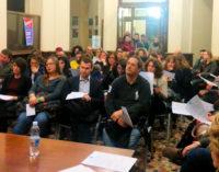 """VOGHERA 09/03/2015: ACOL. Grande successo per la prima assemblea pubblica dell'associazione commercianti. Illustrate le iniziative. Grande entusiasmo per la campagna """"Voghera si veste di colore"""""""