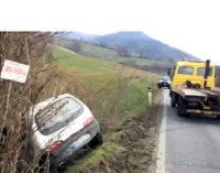 GODIASCO 03/03/2015: Auto finisce nel fosso. Illeso 50enne di Varzi
