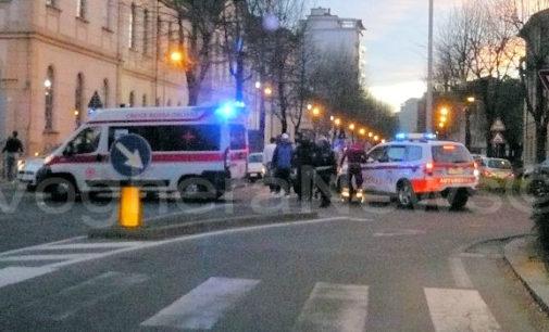 VOGHERA 31/03/2015: Ciclista investito. Il fatto All'incrocio fra via Verdi e via XX Settembre