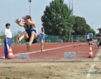 VOGHERA 23/03/2015: Atletica. Ferraris dell'Iriense vince nel salto in lungo. Due vittorie a Cassolnovo