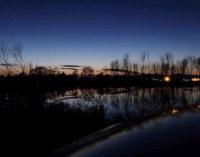 VOGHERA 17/04/2015: Bivacchi notturni con tanto di fuocherello e cacciatori di frodo. A rischio la tranquillità del Parco delle Folaghe. Si punta alla chiusura degli accessi