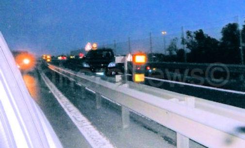 PAVIA SAN MARTINO 29/04/2015: Incidente ieri sera sul viadotto. Questa mattina rampa sud chiusa per lavori.