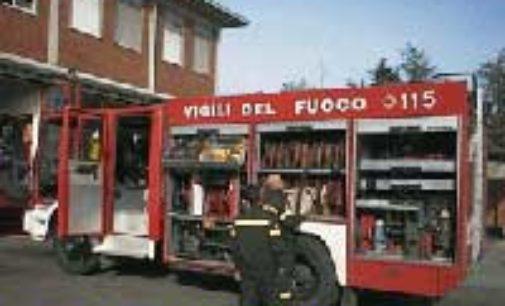 VOGHERA 29/04/2015: Allarme gas in via Verdi. Era un'auto guasta