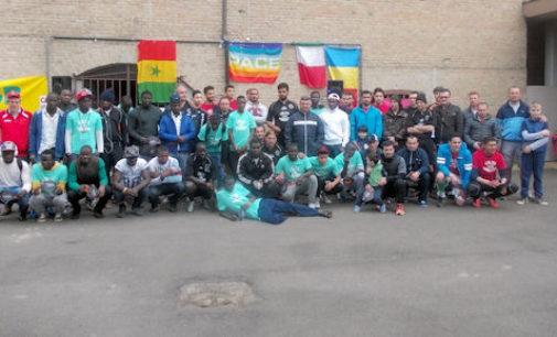 VOGHERA 04/05/2015: Dato il calcio d'inizio al torneo senza barriere