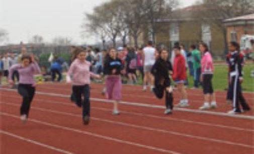 VOGHERA 19/05/2015: Atletica. Stafettona con 100 atleti per festeggiare i 60 anni dell'Iriense