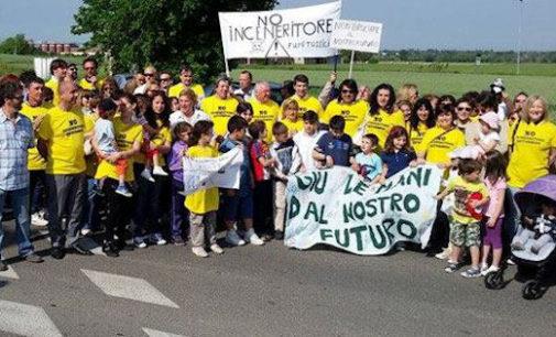 CODEVILLA 11/05/2015: Pirolisi. Ieri la marcia per dire No all'impianto alla ex Valdata di Retorbido