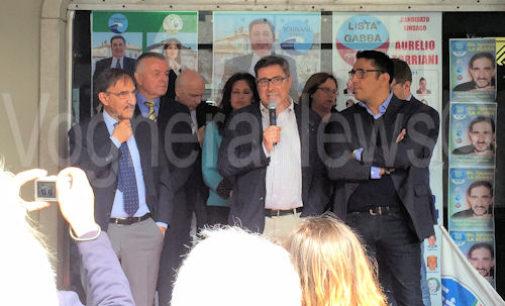 VOGHERA 16/05/2015: Elezioni. La Russa. Comizio nella Gelleria Duomo a sostegno di Aurelio Torriani