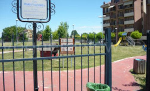 VOGHERA 21/05/2015: Sesso in pieno giorno nei giardini di via Meucci. Lo ha denunciato un residente