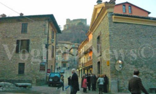 """ZAVATTARELLO 26/05/2015: Al Castello la mostra """"Iceberg"""" di Matteo Berra"""