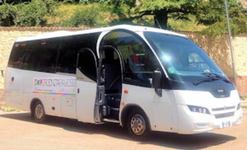 PAVIA 05/08/2015: Expo. Bus da Milano per far conoscere la Provincia di Pavia. 1500 i biglietti venduti