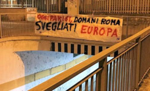 """VOGHERA 16/11/2015: Strage di Parigi. Forza Nuova espone striscioni: """"Oggi Parigi, domani Roma, svegliati Europa"""""""
