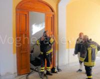 VOGHERA 05/11/2015: Fumo dallo scantinato. Allarme incendio questa mattina in via Bidone