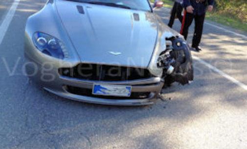 BORGO PRIOLO VOGHERA 02/11/2015: Ancora incidenti. Scontro ieri fra una Peugeot e una super car. A Voghera i Vigili rintracciano un'automobilista che si era allontanato dopo un sinistro