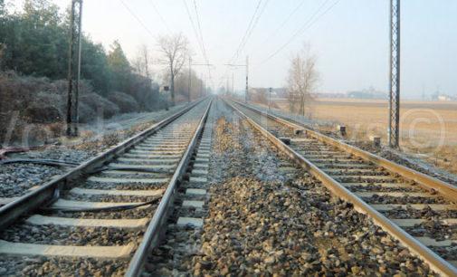 BRESSANA 30/12/2015: Litiga mentre viaggia in treno. Poi cerca di gettarsi dal finestrino. Attimi di follia ieri sera sulla linea Milano-Genova