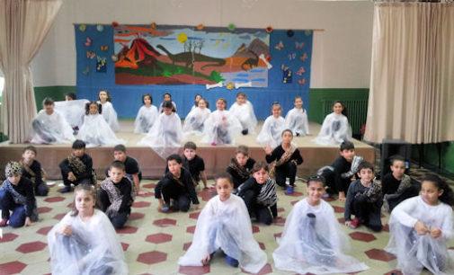 VOGHERA 23/12/2015: Scuola. Concluso alla De Amicis il progetto teatro-danza