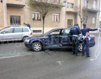 VOGHERA 30/12/2015: Incidente in via San Francesco. Sul posto 118 Cri Vigili e pompieri