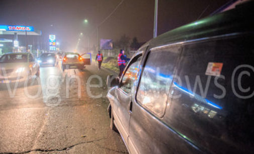 RIVANAZZANO 30/12/2015: Auto centrata mentre entra nel distributore. Tre feriti