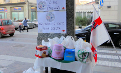 VOGHERA 22/12/2015: Colletta solo per gli italiani. Caritas e Consulta del volontariato criticano la Lega e i metodi di solidarietà fai da te