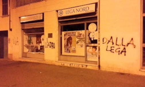 VOGHERA 27/01/2016: Ennesimo raid vandalico contro la sede della Lega