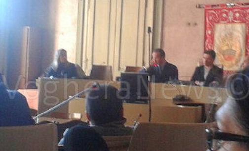 VOGHERA 10/02/2016: Pirolisi Retorbido. L'europarlamentare Alberto Cirio al fianco della popolazione per il No