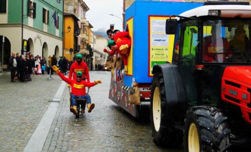 VARZI 21/02/2016: Oggi finalmente il gran Carnevale della capitale della Valle Staffora