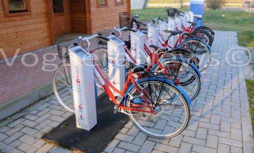 BORGARELLO 22/03/2016: Partito il servizio di Bike sharing. Le biciclette sono state posizionate nelle rastrelliere dei 3 Comuni aderenti all'iniziativa. Ecco come funziona e quanto costa