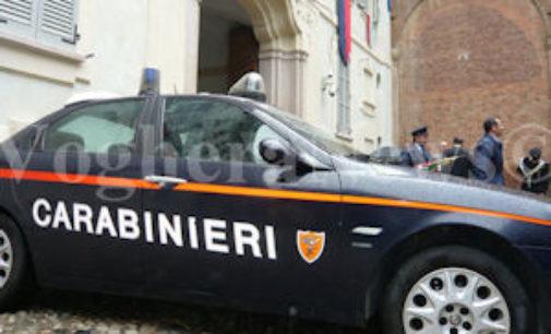 PAVIA 10/03/2016: Danneggia le auto. Litiga con una ragazza e aggredisce i carabinieri. Arrestato un 23enne