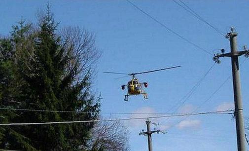 PAVIA VOGHERA VIGEVANO 05/04/2016: Spettacolari voli radenti di elicottero? A breve il controllo aereo da parte dell'Enel delle linee elettriche in provincia