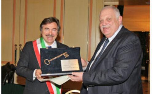 MILANO 05/04/2016: Assago. Cittadinanza Onoraria al Direttore de Il Giorno (QN) Giancarlo Mazzuca